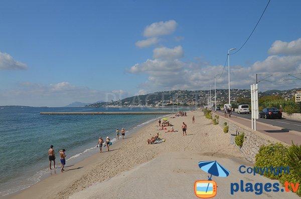 Photo de la plage Ouest à Juan les Pins