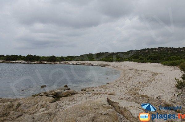 Photo de la plage à l'ouest de la pointe de Ventilegne - Figari