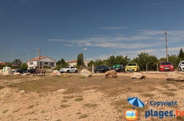 Parking de la plage des Ours à Port le Bouc