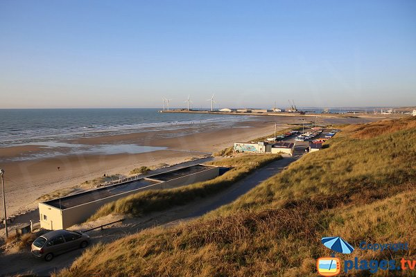 Portel beach and view on Boulogne sur Mer port