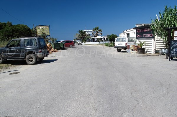 Parking de la plage de Padulone en Corse