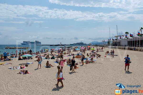 Sand beach in Cannes in front of Palais des Festivals
