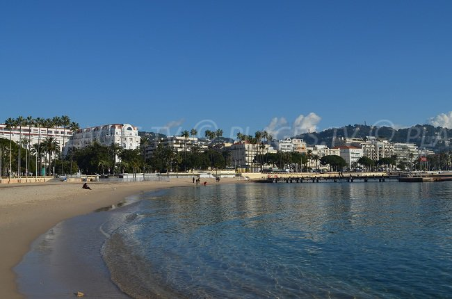 Public beach of the Palais des Festivals of Cannes