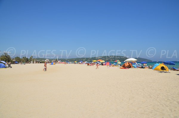 Photo of Pampelonne beach in the Tamaris zone - France