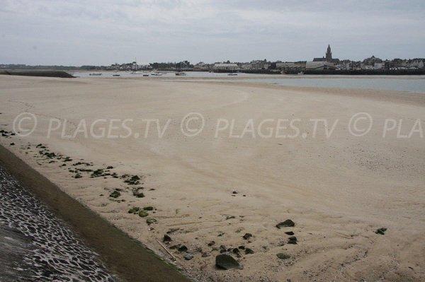 Le Croisic depuis la plage de Pen-Bron à La Turballe