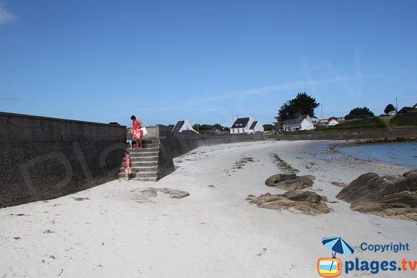 Accès à la plage de Pen Enez à Plouguerneau