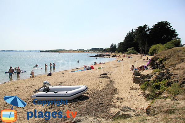 Grande plage de Penara - Ile Arz