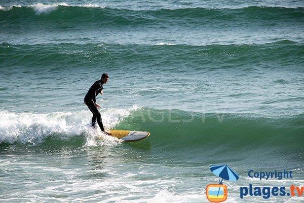 Surf à Penhors en Bretagne - Pouldreuzic