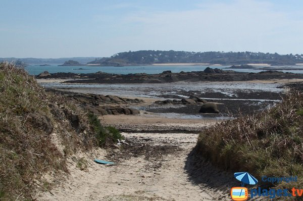 Access to Pennenez beach - Callot island