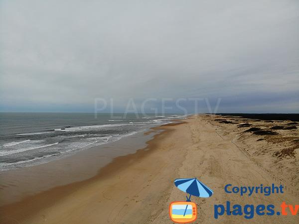 Grande plage dans le centre de Seignosse