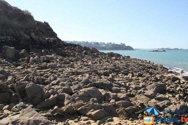 Accès à la plage du Penquer de Carantec