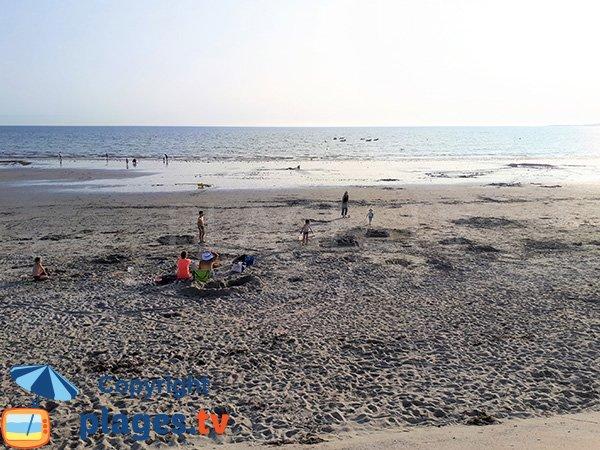 Baignade sur la plage de Penvins - Sarzeau