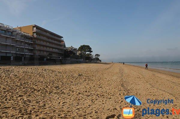 Photo de la plage de Pereire à Arcachon - niveau ville de Printemps