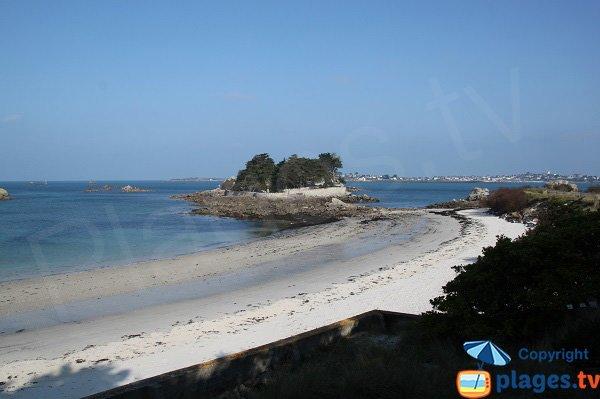 Island of Jacobins and beach of Santec - Perharidi peninsula