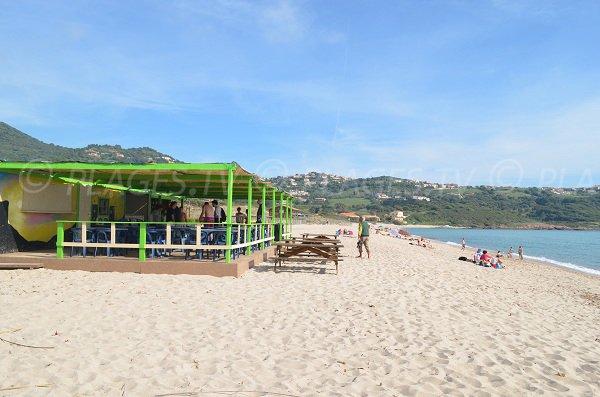 Huts on Péro beach in Corsica - Cargèse