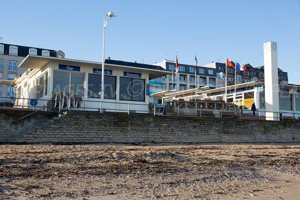 Seaside front along Petit Enfer beach (Luc sur Mer)