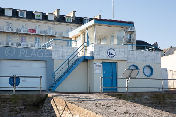 Lifeguarf station in Luc sur Mer