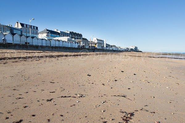 Photo de la plage du Petit Enfer à Luc sur Mer (Calvados)
