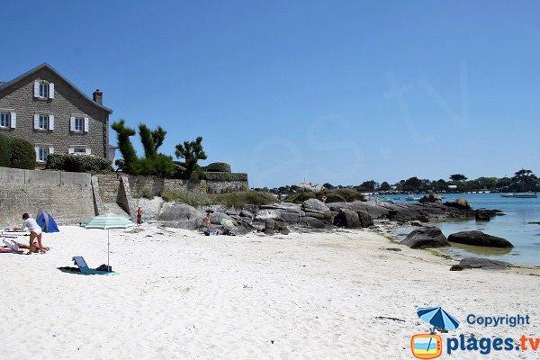 Ristorante sulla spiaggia di Petit Nice a Brignogan
