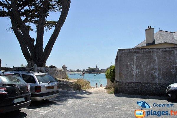 Parcheggio dalla spiaggia di Petit Nice a Brignogan