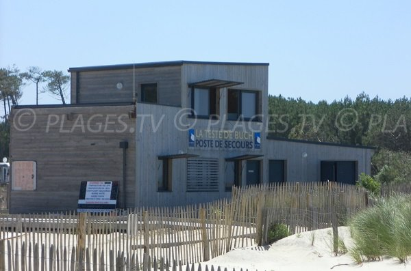 Poste de secours de la plage du Petit Nice à Pyla sur Mer