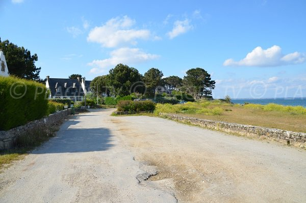 Parking de la plage du Petit Rohu (St Pierre Quiberon)