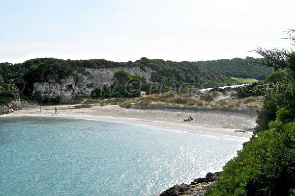 stagno di Sperone alle spalle della spiaggia