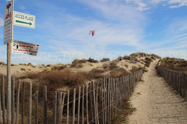 Kitesurf sur la plage de Carnon Petit Travers