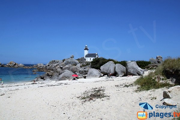 Beach near the lighthouse of Pontusval - Brignogan