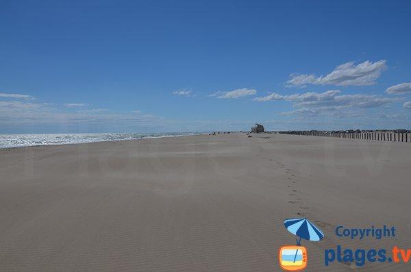 Parking de la plage naturiste de Piemanson