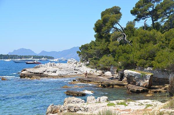 South beach in Sainte-Marguerite island - Lerins