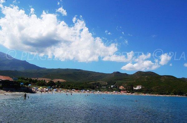 Photo de la plage de la marine de Pietracorbara dans le Cap Corse