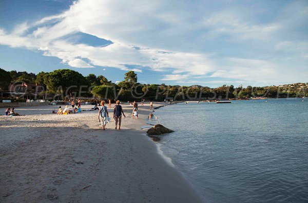 Photo de la plage nord de Pinarellu en Corse