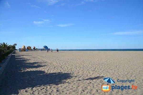 Jeux pour les enfants sur la plage d'Argelès