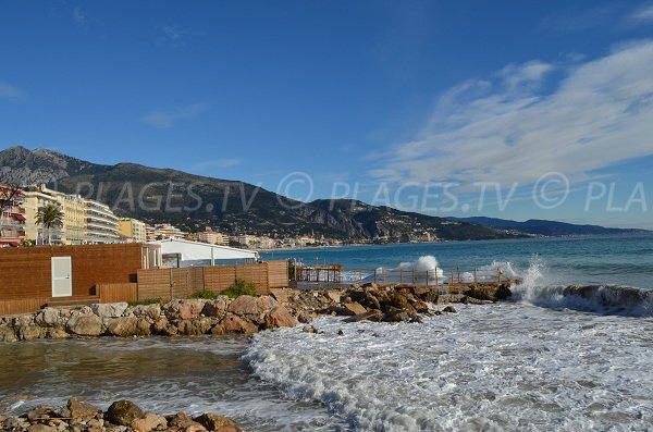 Plage privée à côté de cette plage de Roquebrune