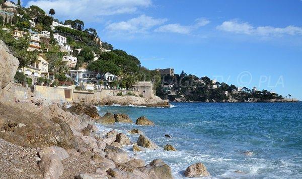 Felsen am Strand Pissarelles - Cap d'Ail
