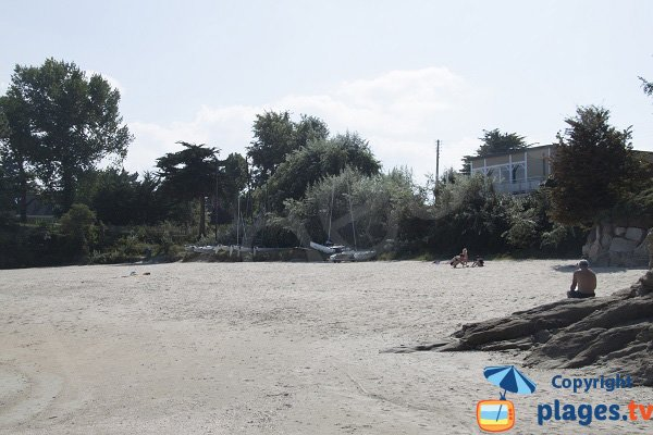 Environment of Pissote beach in St Jacut de la Mer
