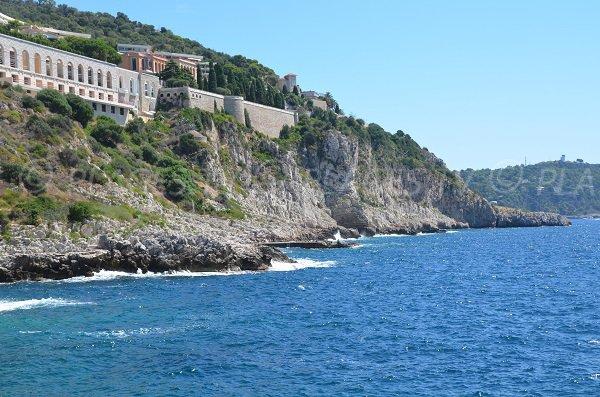 Environnement de la plage du Cap de Nice