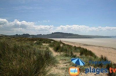 plage de Plonévez-Porzay en Bretagne