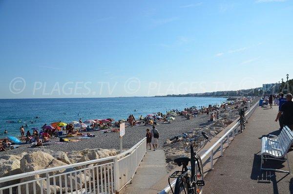 Spiaggia Poincaré a Nizza e accesso