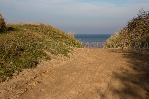 Access to the beach of Point du Jour - Normandy