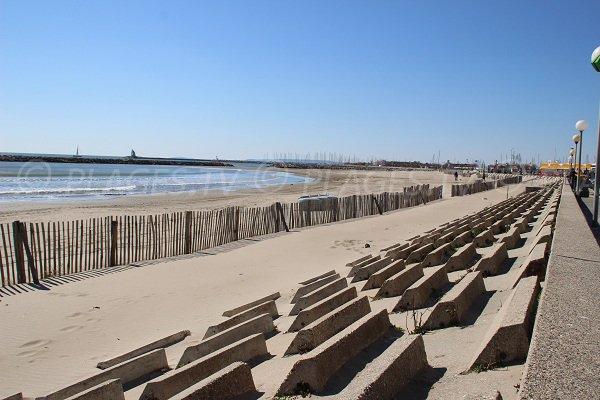 Spiaggia dal centro di La Grande Motte