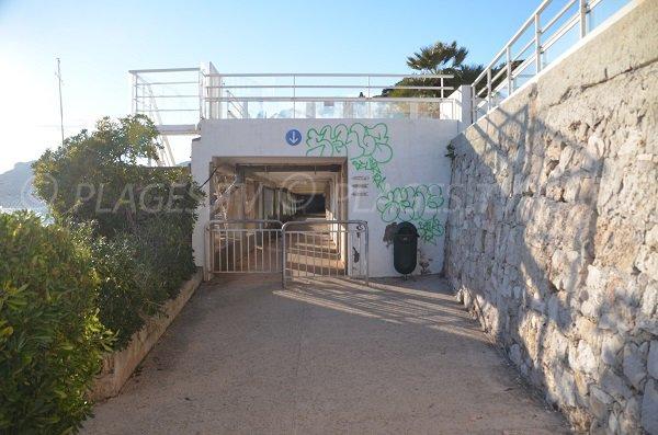 Access to the pointe du Cap Martin beach