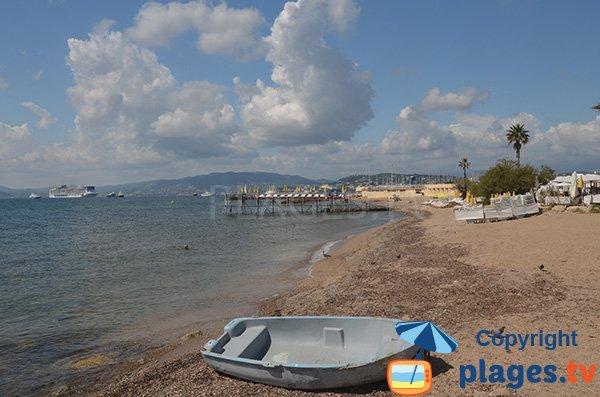 Photo de la plage de la Pointe Croisette - Palm Beach à Cannes