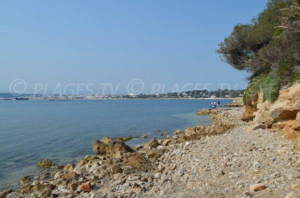 Stone Cap d'Antibes beach - Pointe Ouest