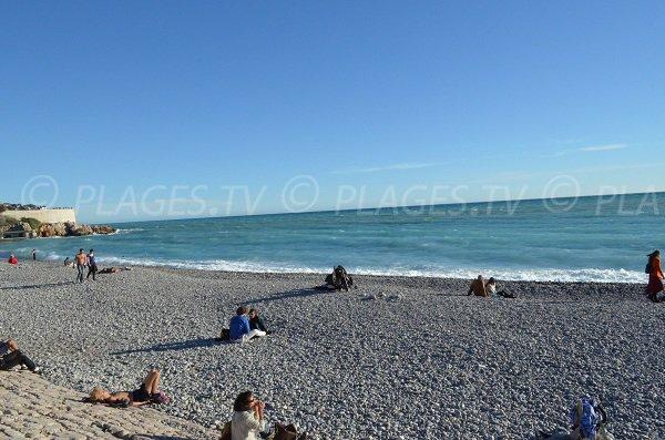 Plage de galets de la plage des Ponchettes