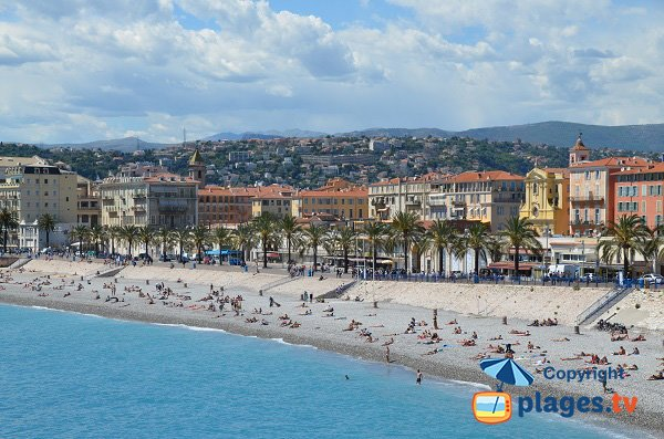 Les Ponchettes - beach in Nice