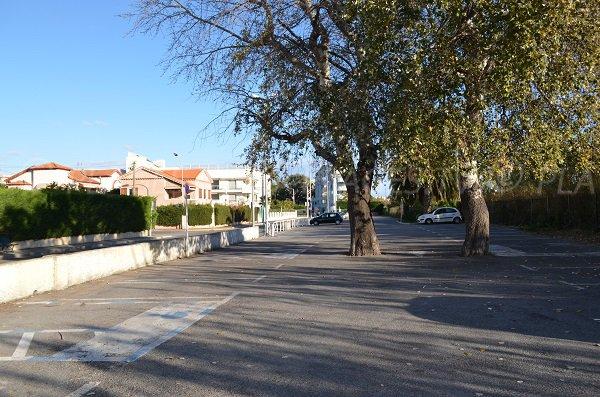 Car park of the Pont du Lys beach in Juan les Pins