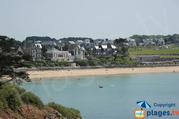Photo of the Pont beach in Saint Malo - France