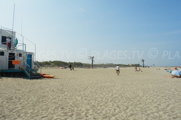 Poste de secours de la plage du Pont Tournant - St Cyprien